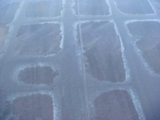 Аминная плёнка на поверхности застывшей эпоксидной смолы